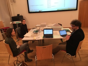 (l to r) Verena Höller, graduate student assistant, Literaturarchiv Salzburg; Lina Maria Zangerl, Archivist, Literaturarchiv Salzburg; Oliver Matuschek, Zweig biographer and scholar